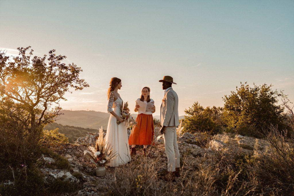 photo-de-mariage-roche-de-Vergisson